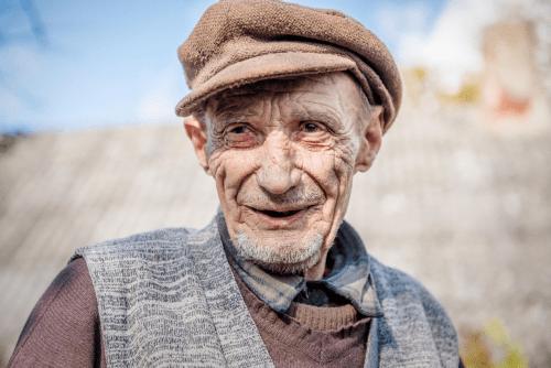 """""""Norėjau išardyti prieštankinę miną – labai reikėjo vamzdelio meškerei"""": per stebuklą likęs gyvas Simno senolis Antanas apie netektimis paženklintą gyvenimą"""