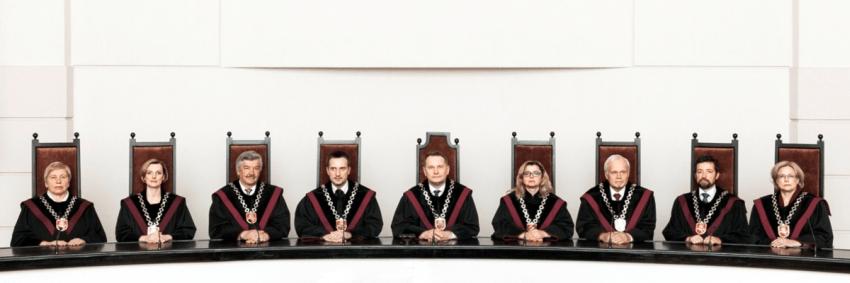 Ar Konstitucinis Teismas – žemgrobių bendrininkas?