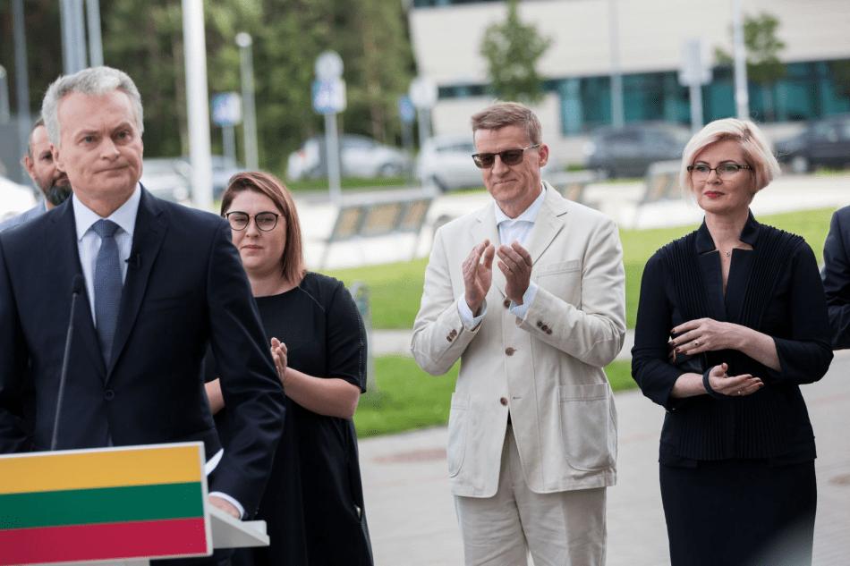 G.Nausėdos patarėjas Linas Slušnys  avansu atleido smurtą prieš Deimantę Kedytę (papildyta teismo posėdžio garso įrašu)