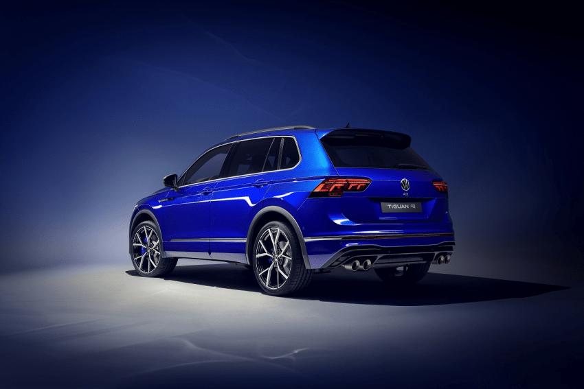 """Atnaujintas populiariausias """"Volkswagen"""" Baltijos šalyse – """"Tiguan"""": gama pasipildė ir iš tinklo kraunama, ir R versija"""