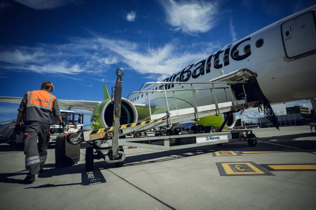 """Europos Komisija patvirtino 250 mln. investiciją į """"airBaltic"""" kapitalą"""