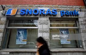 """Banko """"Snoras"""" byloje bankininkus atstovauja advokatės, nemokančius įsijungti kompiuterio"""