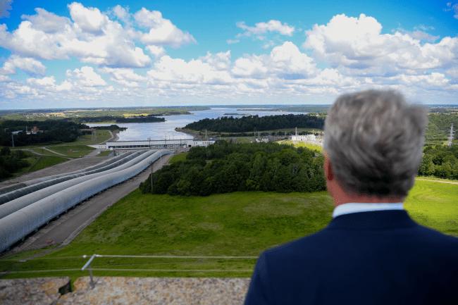 A.Kubilius ir D.Grybauskaitė suteikė teisę Astravo AE naudotis Kruonio elektrinės galios rezervais, o Skvernelio ir Karbauskio vyriausybė pastatė pastotę prie Baltarusijos sienos, kad Astravo elektrinė galėtų naudotis Kruonio rezervais