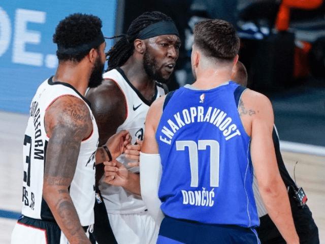 """L. Dončičius NBA aikštelėje išvadintas """"baltuoju berniuku kalės subine"""""""