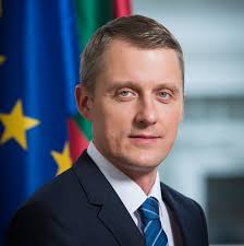 """""""Valstiečių"""" energetikos ministeris Žygimantas Vaičiūnas prieš Seimo pabaigą tapo diplomatu"""