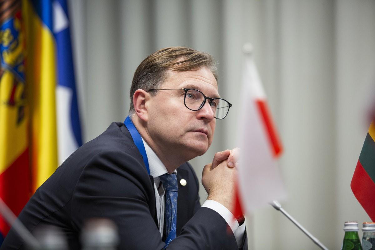 """V.Tomaševski : """"Jeigu Seimo pirmininkas Pranckietis piktybiškai nevykdė įstatymo, ar jis prieš tai konsultavosi su KT primininku Žalimu?"""""""