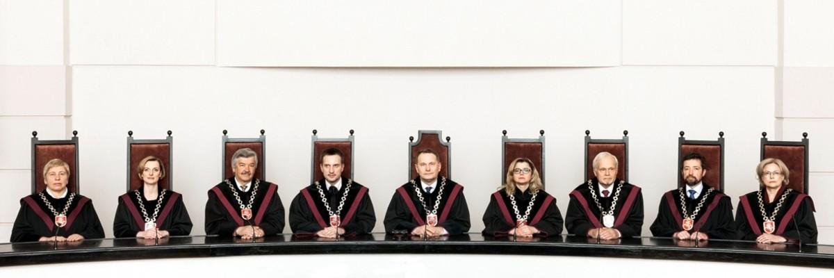 KONSTITUCINIS TEISMAS ĮKALĖ PASKUTINĘ VINĮ Į  TEISINGUMO KARSTĄ