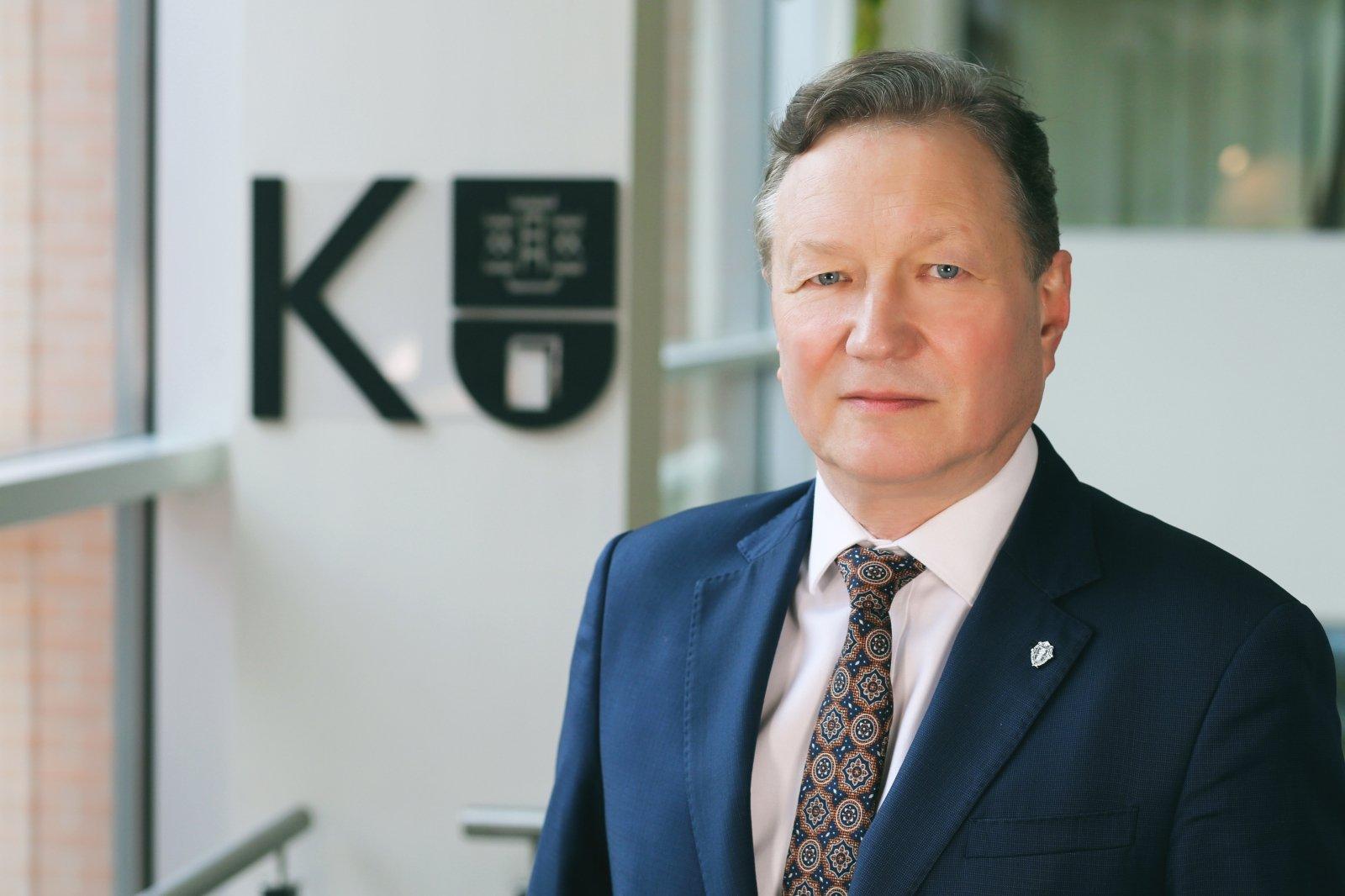 """KU rektorius, prof. Artūras Razbadauskas : """"Faktiškai tikro karantino pas mus nebuvo, o tik žmonių bauginimas."""