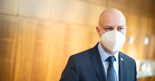 """A.Verygos """"veterinoriai"""" sergančius plaučių uždegimu pribaigia """"plaučių ventiliavimu"""""""