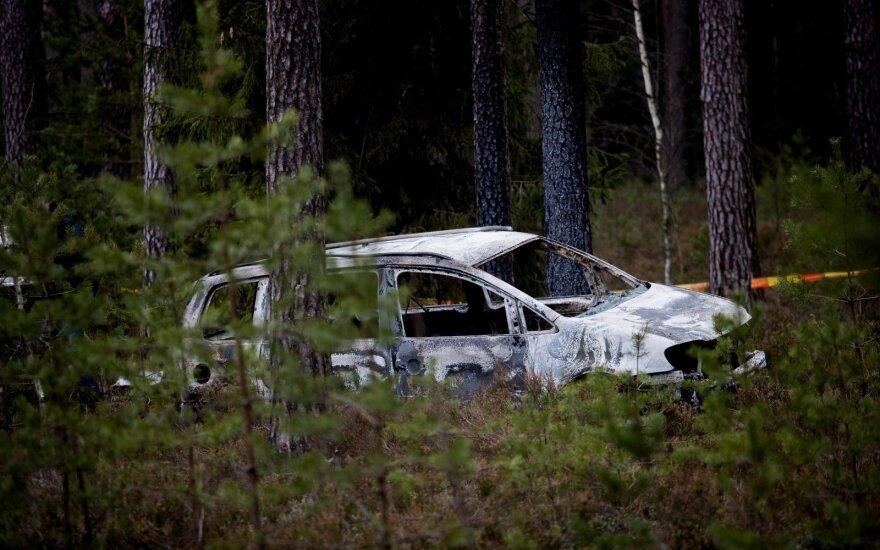 Du čigonai, nužudę merginą, įkalinti iki gyvos galvos. Grupuotėje, kurios nariai užgesino dvi gyvybes, griežčiausia paskirta bausmė – 20 metų