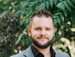 Jonathan von Maren. Siekiama kriminalizuoti net privačius pokalbius prieš LGBT ideologiją