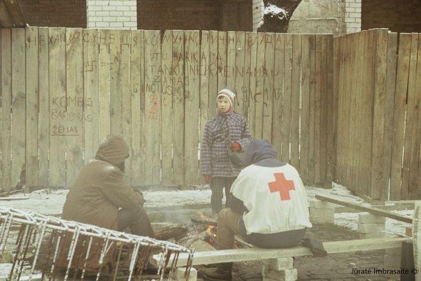 Neaišku, kas prieš sausio 13 d. įvykius pjaustė stogų spynas Karoliniškėje