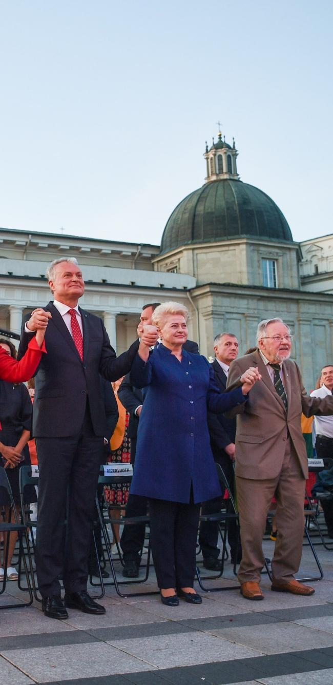 Nedidelė dalis V.Landsbergio nusikaltimų (pildoma)