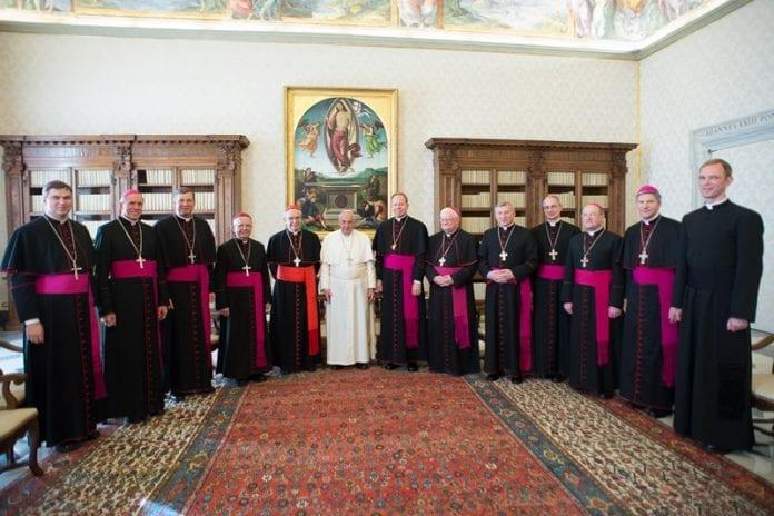 Popiežius Pranciškus, Lietuvos kardinolas, vyskupai ir LVK gen. sekretorius