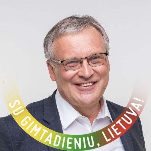 """""""Seimo Švietimo ir mokslo komiteto pirmininkas Artūras Žukauskas nusipelnė apkaltos"""""""