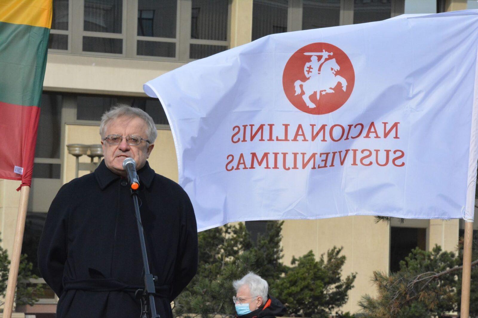 Komedija – landsbergistai protestavo dėl A.Jakubausko, kuris tyrė V. Landsbergio nusikaltimus, pašalinimą (papildyta slaptais dokumentais)