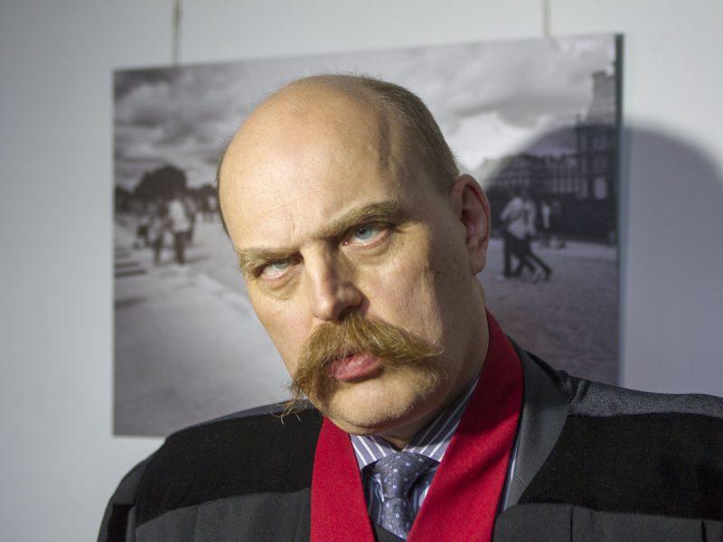 Prokuratūra : estas Arle Grabi 2016 m. sugalvojo nužudyti D.Bugavičių, kuris nušautas 2015 m.