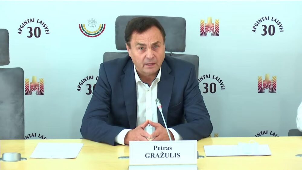 """2021-09-30 Seimo nario Petro Gražulio sp. konf. """"Prokuratūra prisipažino, kad 2020 m. sausio 6 d...."""